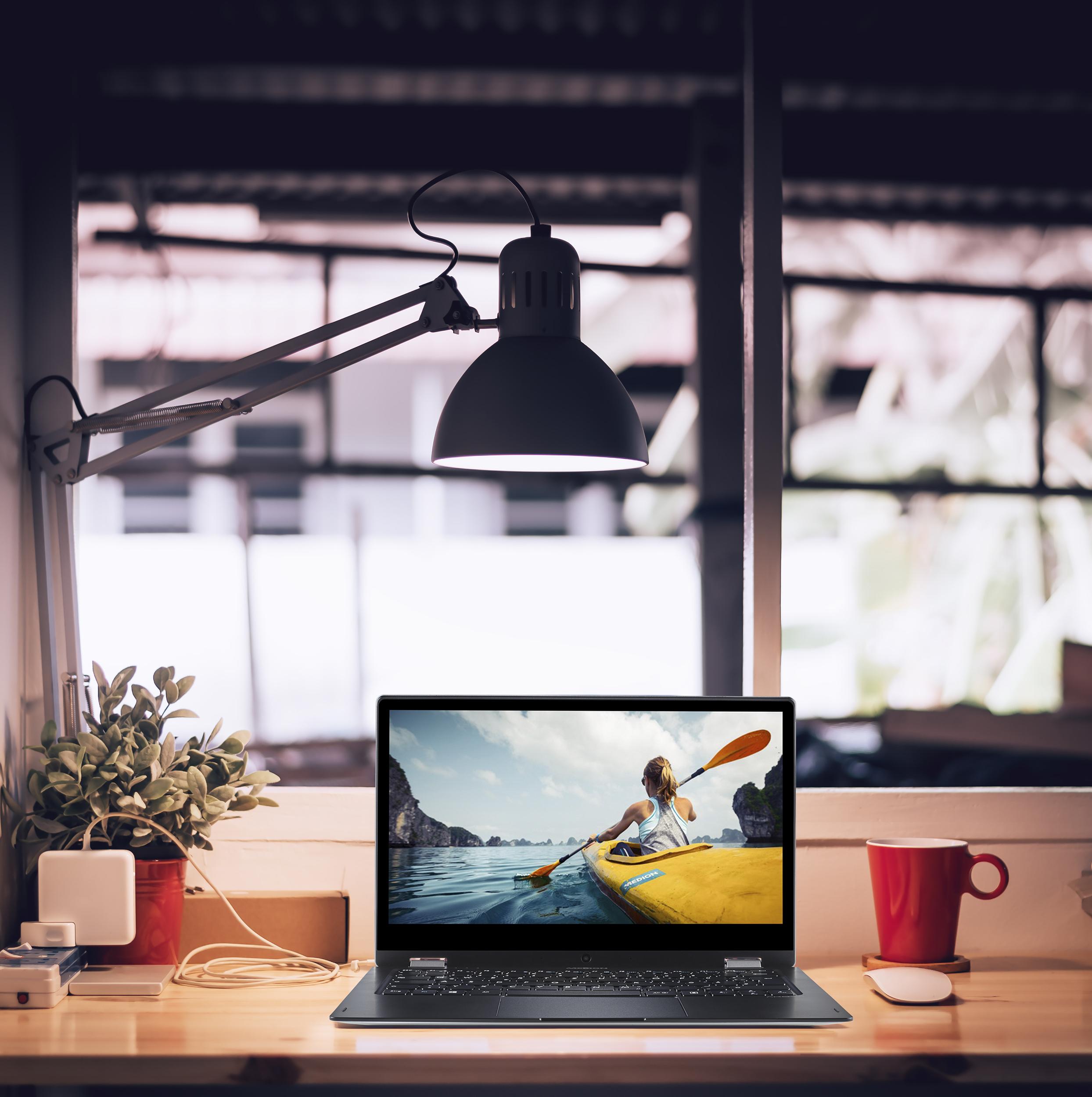 Computer_Studio-51